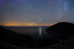 Reflection of Jupiter in the sea. Lastovo 2009.  Photo: M.Smrekar. Source: darkskyparks.org